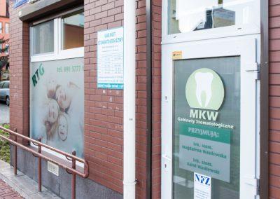 front gabinetu dentystycznego